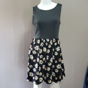 Xhilration Large Sunflower Dress